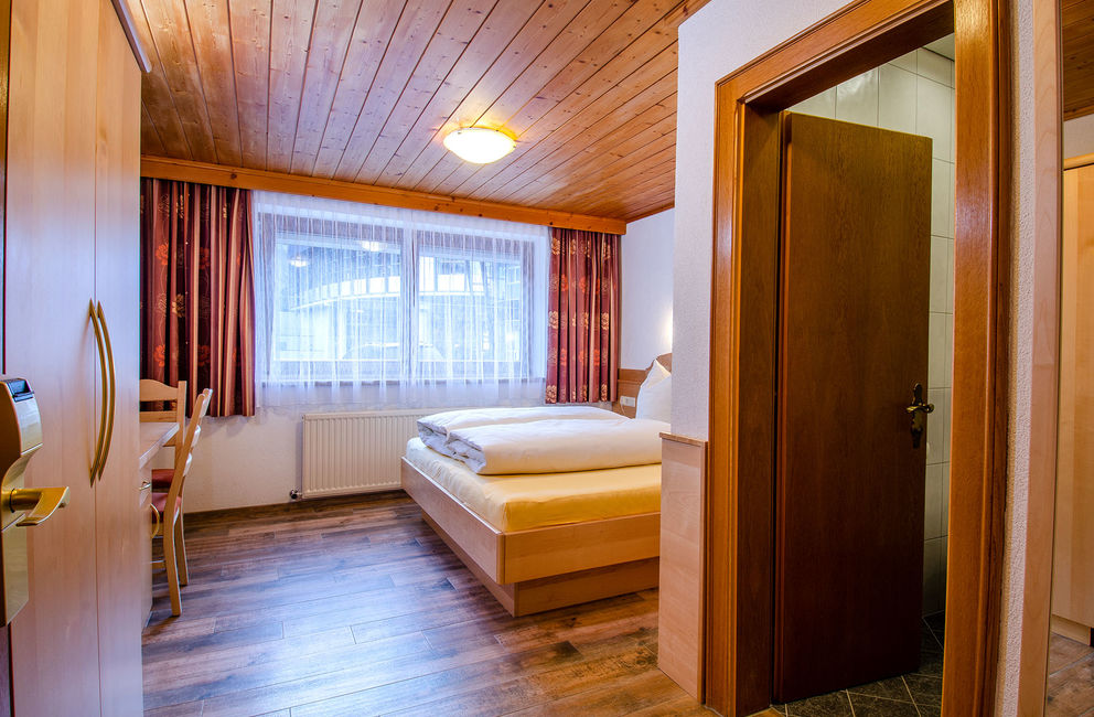 Double room without balcony - Ischgl Hotel Garni Golfais